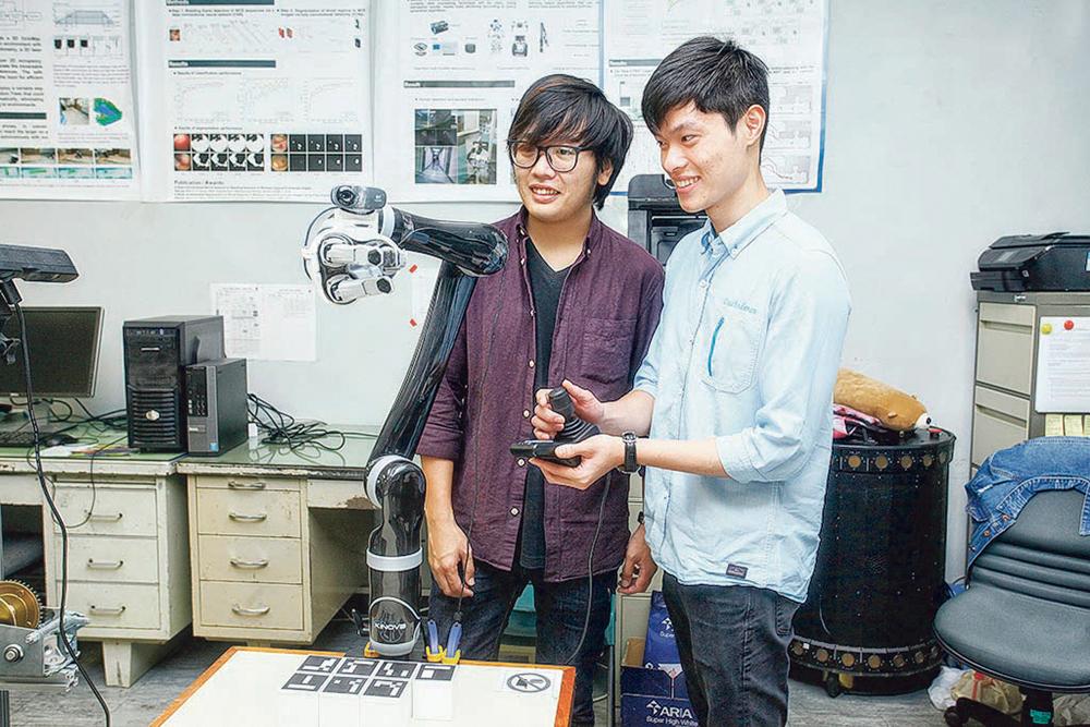 中大電子工程學課程 舊年改制 獨立收生