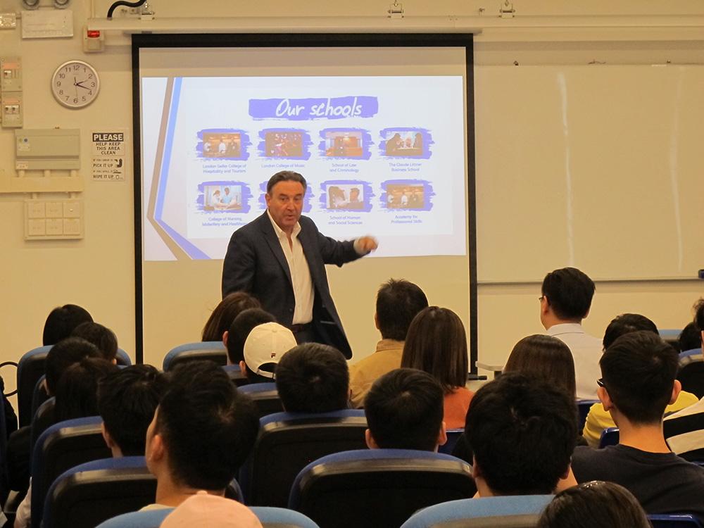 科專夥西倫敦大學辦5學士學位課程 為DSE考生及在職人士提供多元升學出路