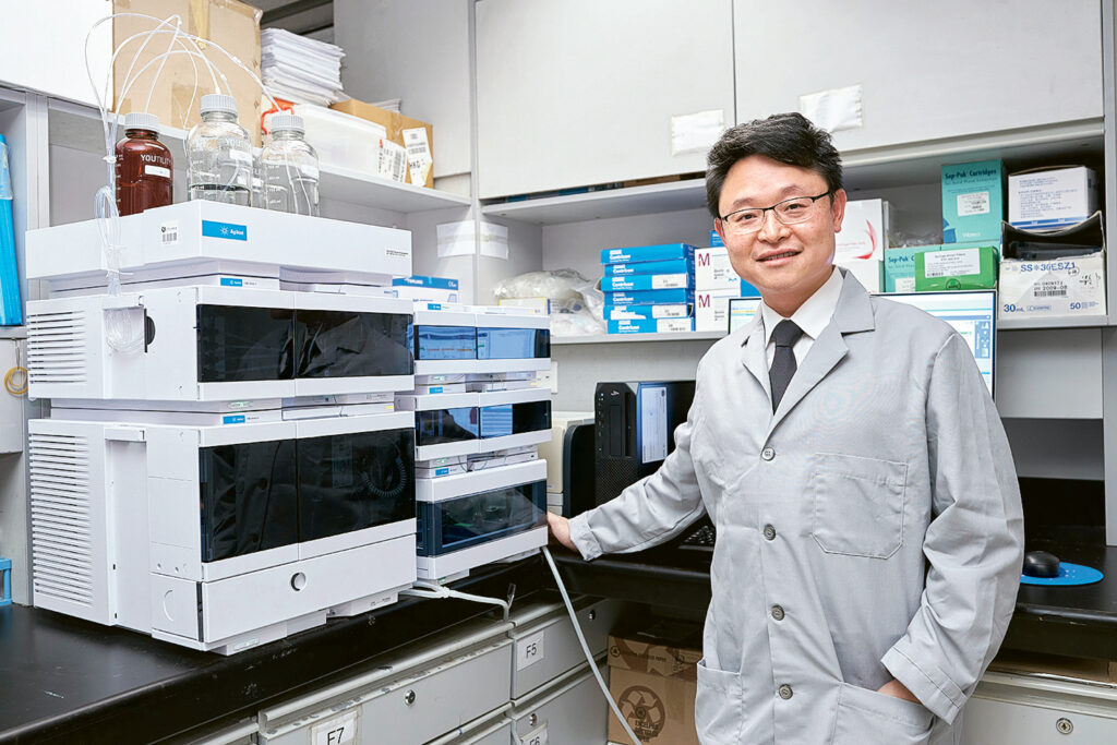 羅錦榮教授指,課程加入化學檢測的元素,有助學生日後從事相關工作。