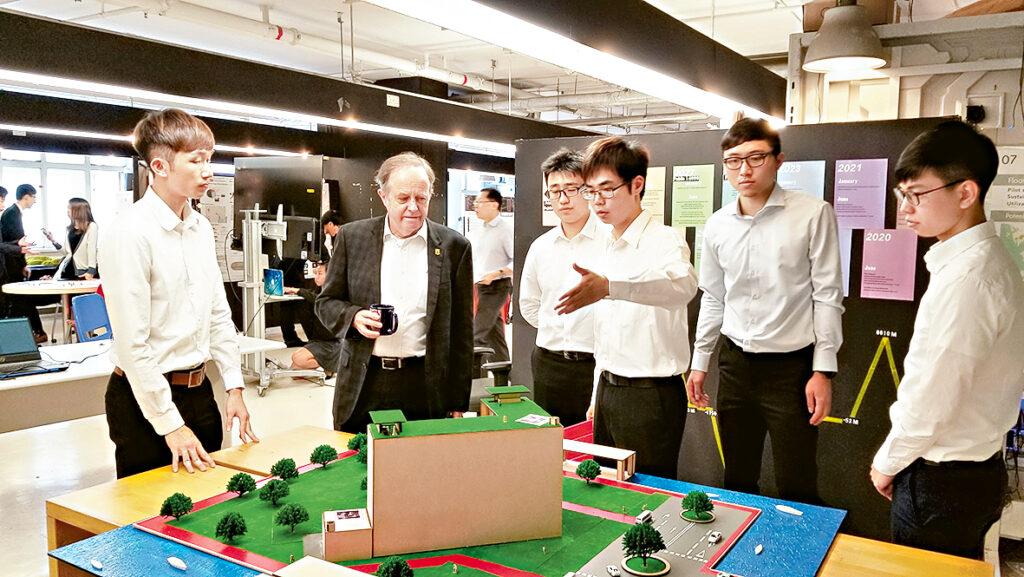 學系每年均舉辦展覽會,讓學生向業界人士介紹他們的學習和研究成果。