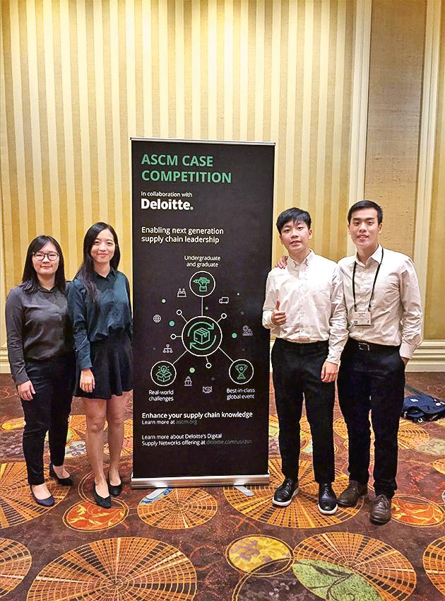 學系積極鼓勵學生參與由專業團體及機構舉辦的個案比賽,實踐所學,一展身手。
