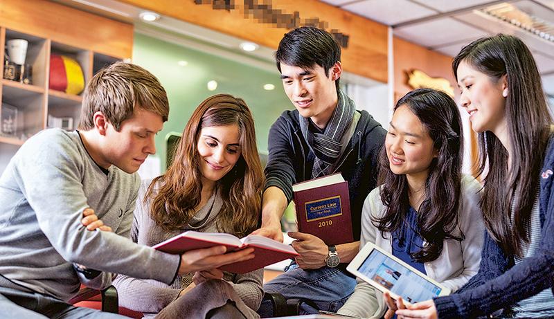 城大推出兩個雙學位學士課程,給予學生更多選擇。
