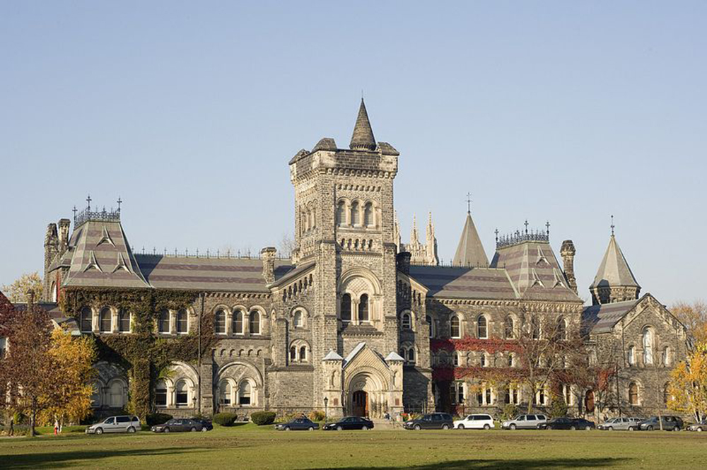 加拿大新政策 獲永久居民資格留學生 可申請父母移民當地