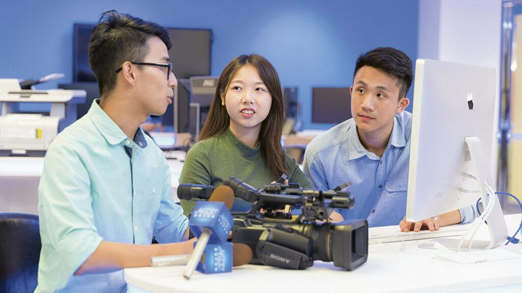 香港浸會大學傳理學院新聞系課程「傳理學學士新聞主修」改名為「傳理學學士新聞與數碼媒體主修」