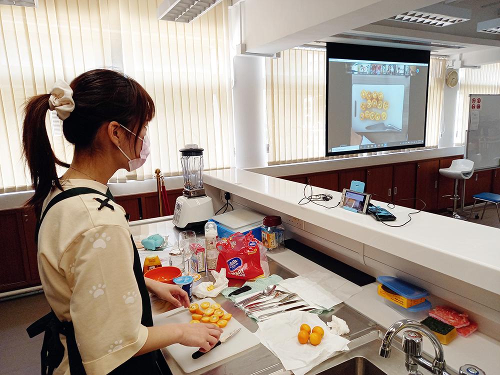 CUSCS應用日語學生參與網上日本甜品體驗課<br/>輕鬆學習日語 認識宮崎縣農業文化