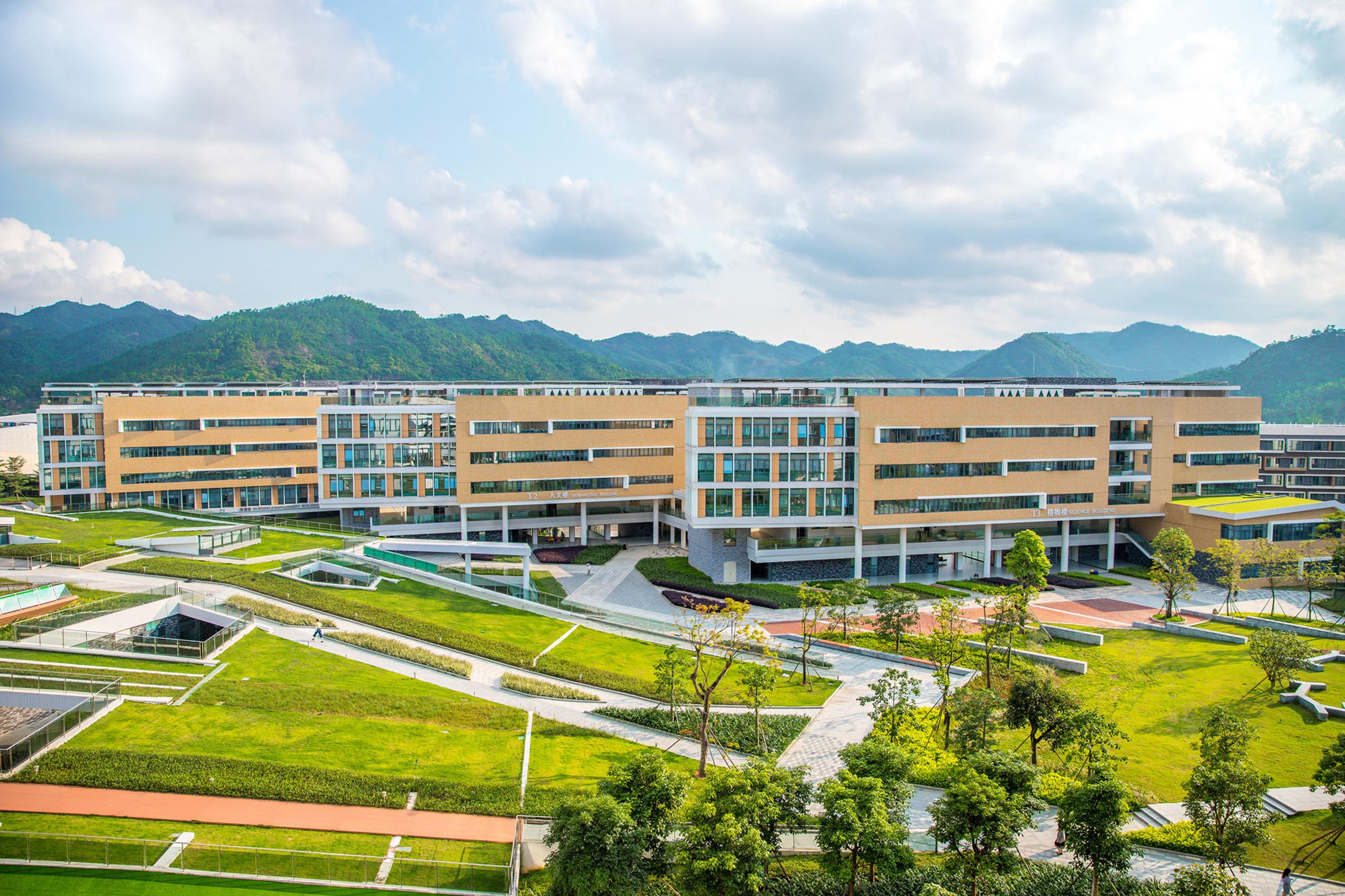 北師港浸大為首間中港合辦的大學,位於珠海,實施博雅及英文教學。(網上圖片)