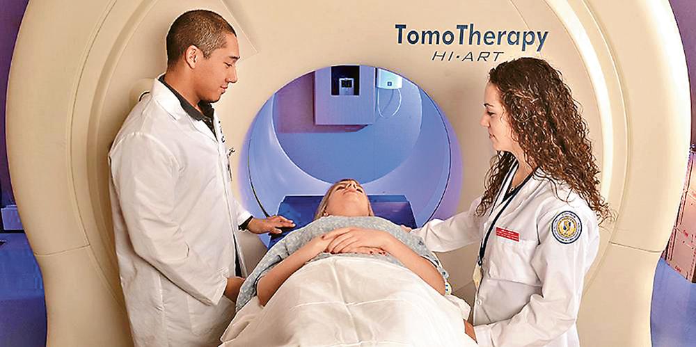 在澳洲的大學中,與醫護相關的課程深受學生歡迎。