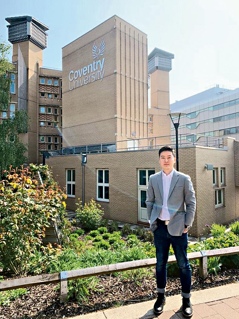 韋嘉傑表示,加拿大政府每月更新隔離政策,學生宜定期瀏覽官方網頁,了解最新規定。 (相片由楓葉教育升學中心提供)