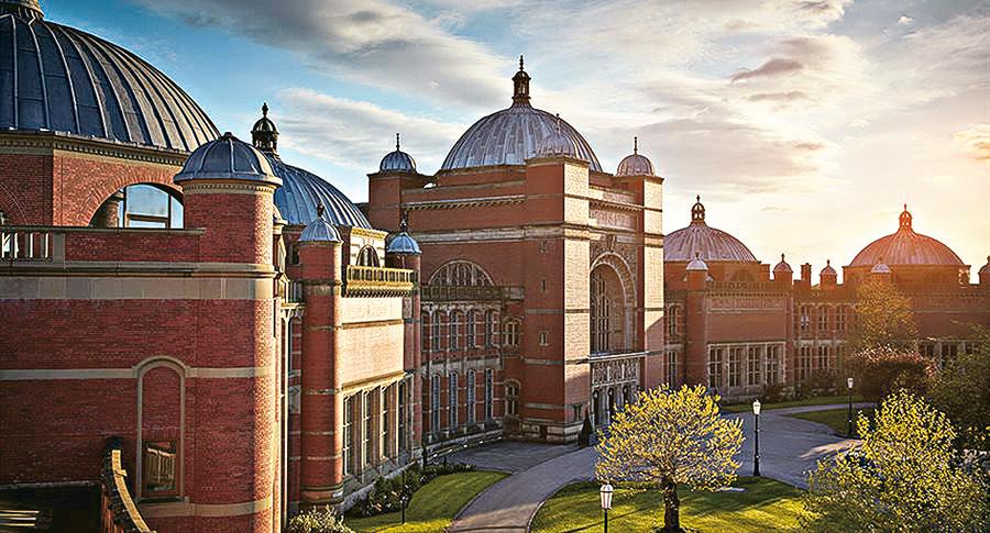 University of Birmingham是英國老牌紅磚大學及著名羅素集團成員之一,