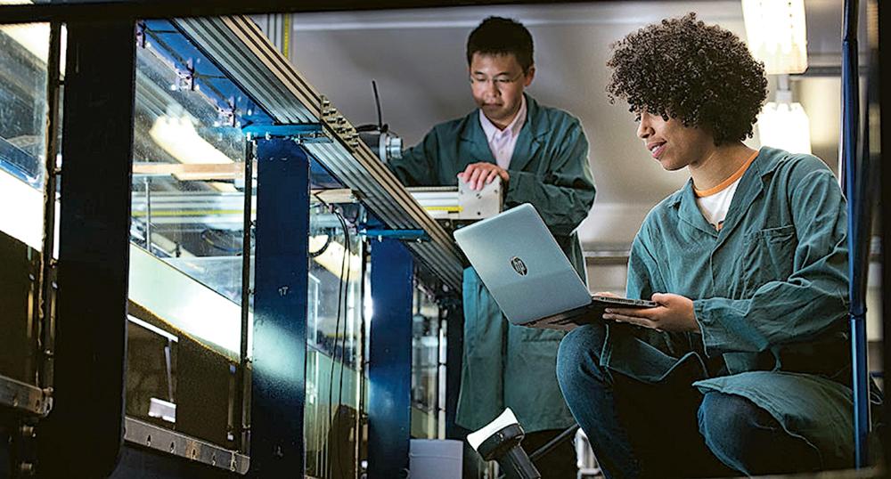 英國亦缺乏工程人才,修讀相關學科需有M1或M2背景。(相片由Aston Education提供)