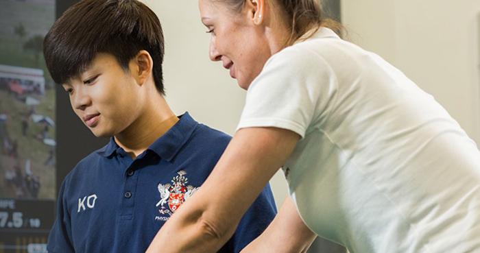報讀9月基礎課程 涵接英國物理治療學位