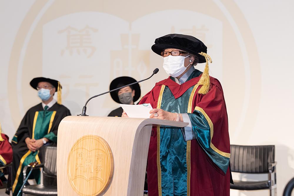 恒大頒授第一屆榮譽博士 表彰四位社會傑出人士
